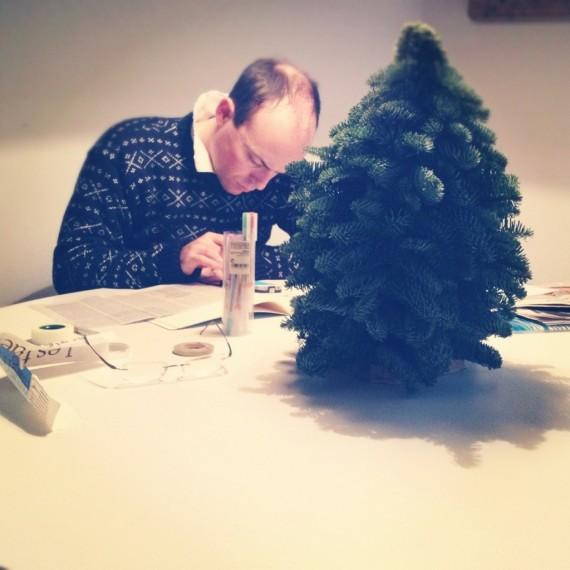 Chotto, christmas tree and weekend homework